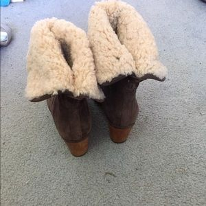 Ugg Heel Boots sz. 9